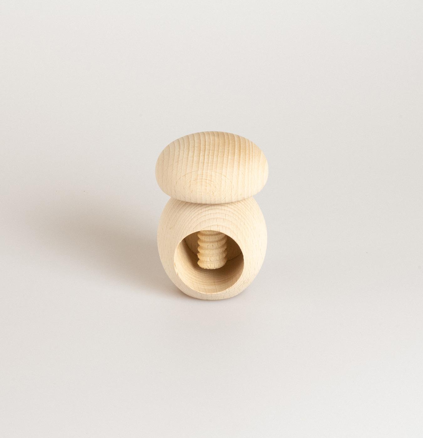 Schiaccianoci fungo in legno di faggio