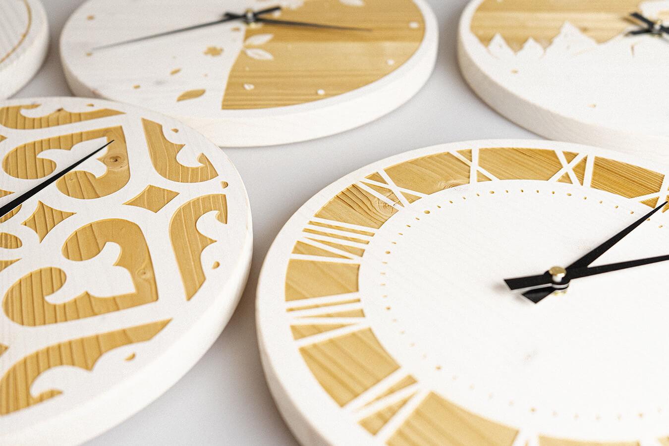 orologi da parete in legno di abete lavorati a laser