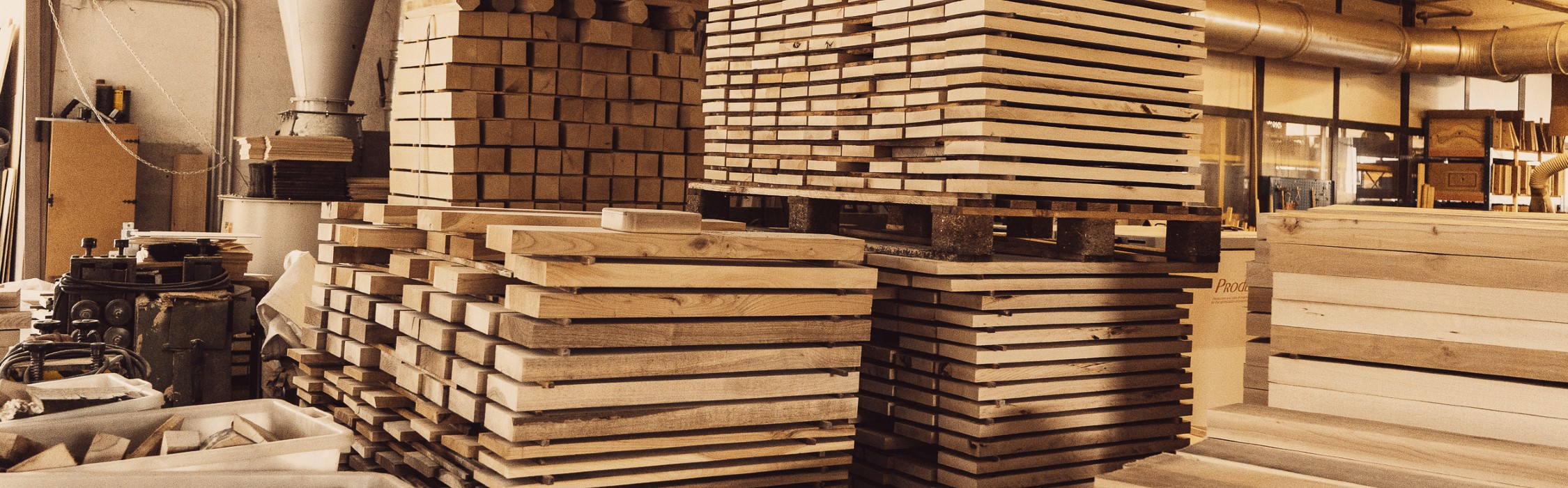 legname stoccato in azienda